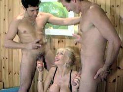 Und frauen unrasiert nackt Frauen nackt